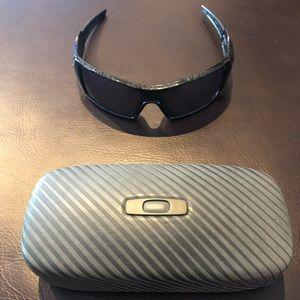 Oakley Oil Rig Sunglasses with hard Oakley case